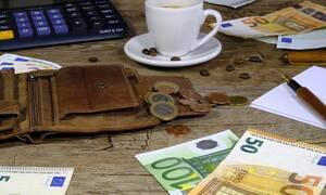 Συντάξεις: Ποιοι θα πάρουν αναδρομικά έως και 500 ευρώ το μήνα – Πότε θα δοθούν τα χρήματα
