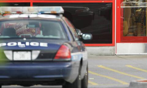 Ένοπλη επίθεση στο Κάνσας: Άνδρας εισέβαλε σε μπαρ και άρχισε να πυροβολεί - Τέσσερις νεκροί