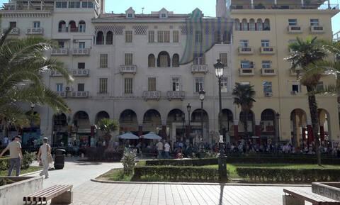 Θεσσαλονίκη: Οι στοές που κοσμούν την πλατεία Αριστοτέλους και η ιστορία τους (pics)