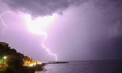 Καιρός: Ραγδαία επιδείνωση - Έρχονται καταιγίδες και χιόνια