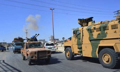Δραματικές εξελίξεις: Έτοιμη για εισβολή στη Συρία η Τουρκία - Μετακινεί στρατεύματα στα σύνορα