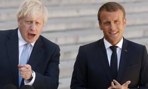 Τζόνσον σε Μακρόν: Δεν θα υπάρξει άλλη αναβολή για το Brexit
