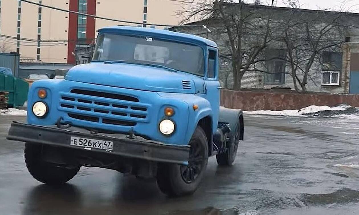 Γιατί αυτό το παλιό ρωσικό φορτηγό είναι ό,τι πιο απίστευτο κυκλοφορεί;