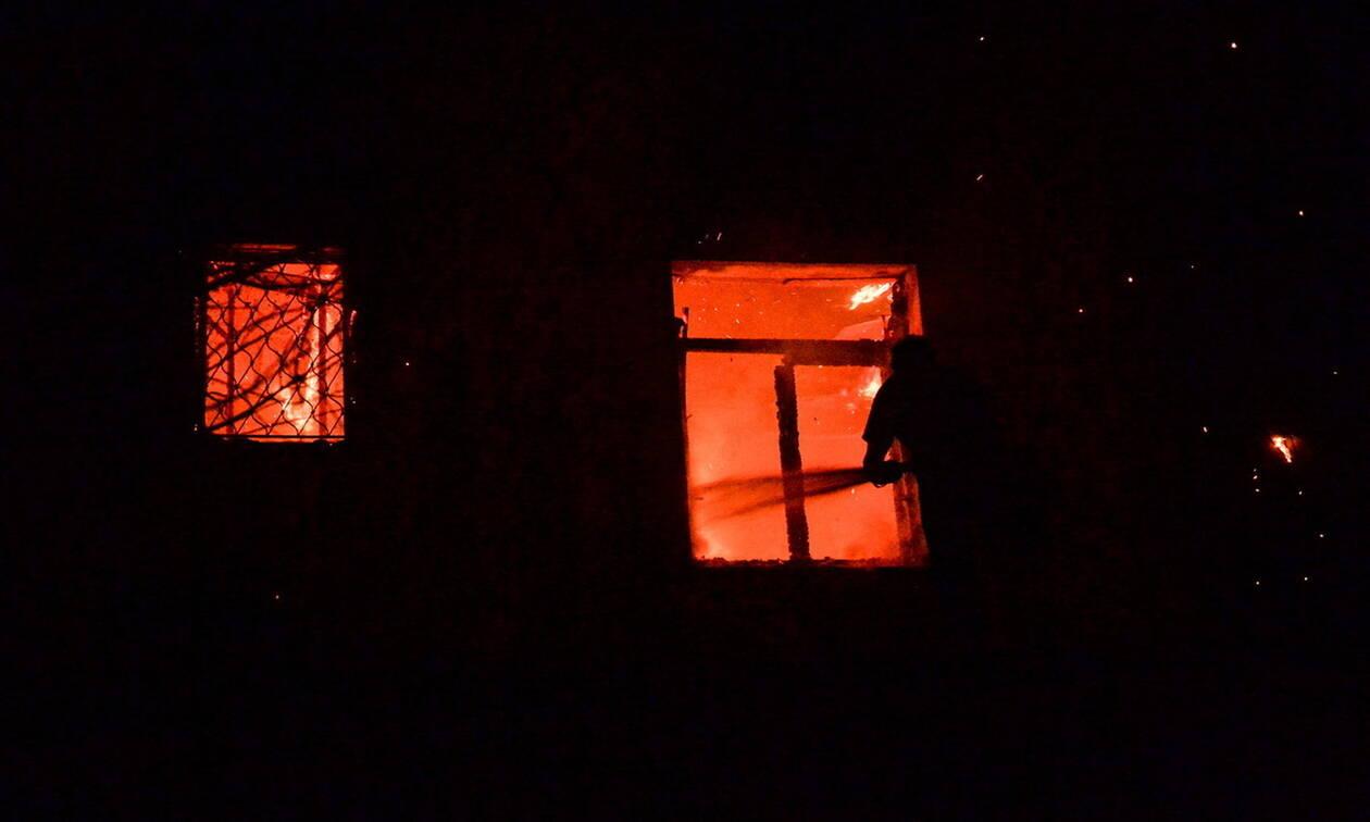 Φωτιά σε μονοκατοικία στο Μαρκόπουλο Αττικής
