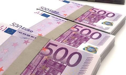 ΕΦΚΑ: Επιστρέφει λεφτά - Δείτε ποιοι και πόσα θα πάρουν