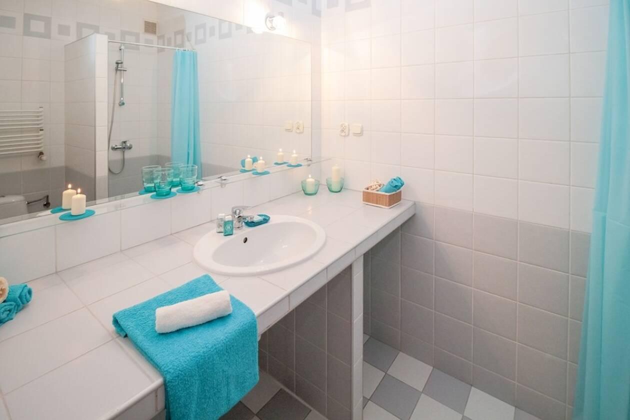 bathroom-2094716_960_720.jpg