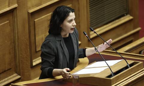Βουλή: «Παρών» ψηφίζει το ΜεΡΑ25 - «Αδιανόητο να μετατρέπεται η Βουλή σε δικαστικό σώμα»