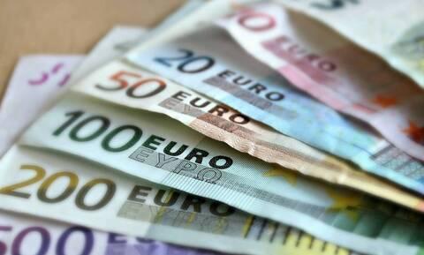 ΕΦΚΑ: Σήμερα η επιστροφή 100 εκατ. ευρώ σε 86.187 δικαιούχους ελεύθερους επαγγελματίες