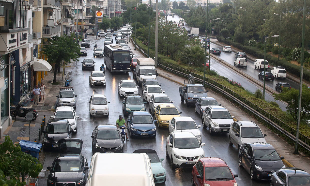 Κίνηση στους δρόμους: Μποτιλιάρισμα παντού