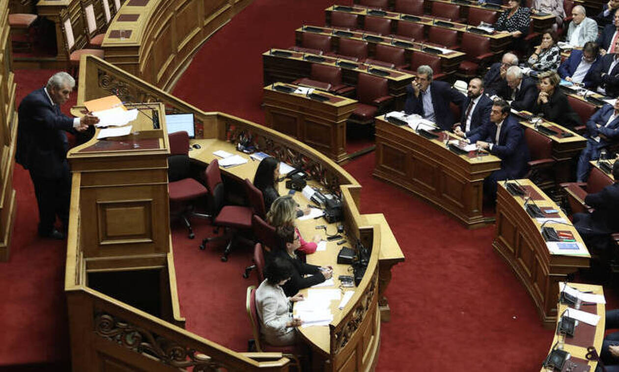 Υπόθεση Novartis: Γιατί Μητσοτάκης και υπουργοί αποφάσισαν να απέχουν;