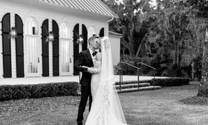 Ο Virgili Ablhoh δημοσίευσε φωτογραφίες του νυφικού που σχεδίασε για το γάμο των Bieber - Baldwin