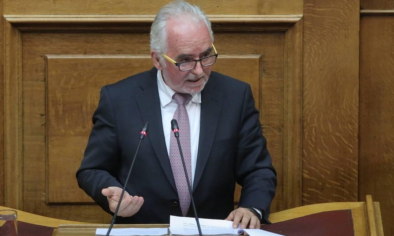 Υπόθεση Novartis: Κατέθεσε ως μάρτυρας ο πρώην υπουργός Εργασίας Γιώργος Κουτρουμάνης