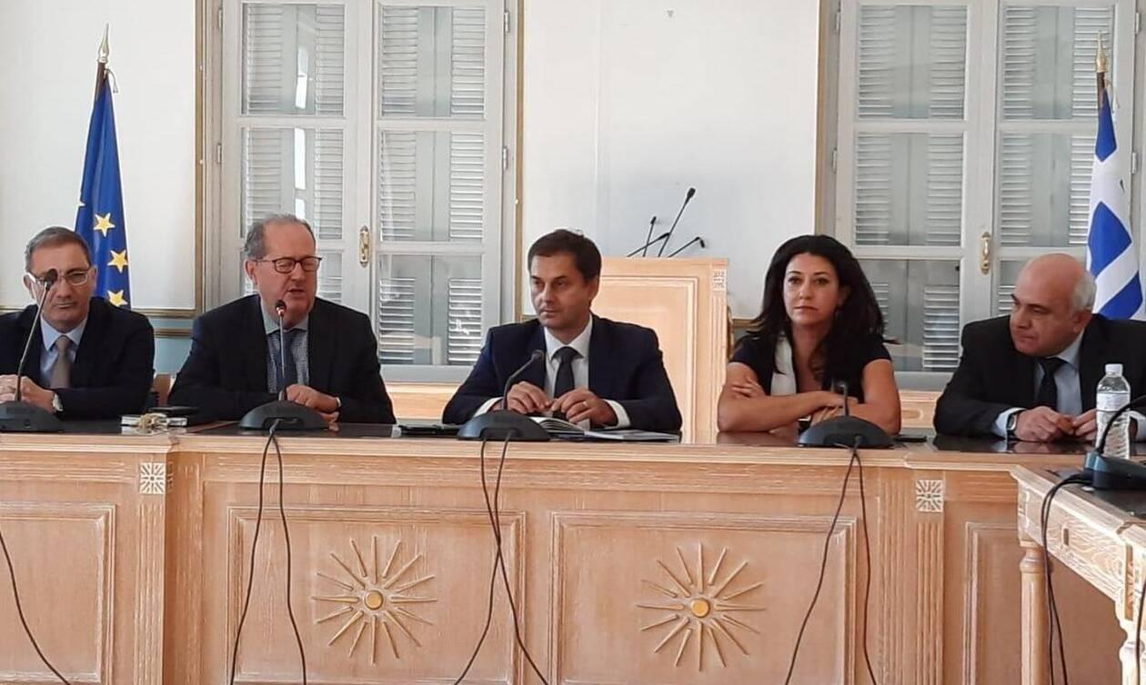 Θεοχάρης: Το υπουργείο Τουρισμού θα είναι αρωγός της Περιφέρειας