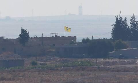 Τουρκική επίθεση στη Συρία: Νεκροί άμαχοι από τους βομβαρδισμούς - Στάση αναμονής από τη Ρωσία
