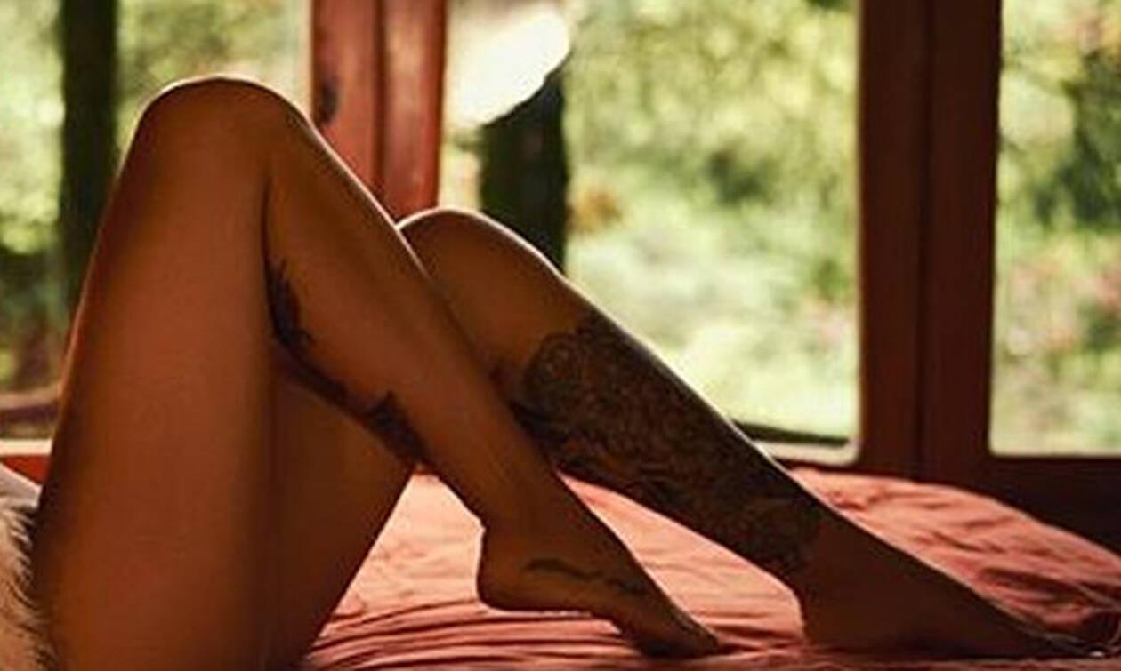 Αποκλείεται: Δες εδώ πόδι η πανέμορφη αθλητικογράφος! (pics)