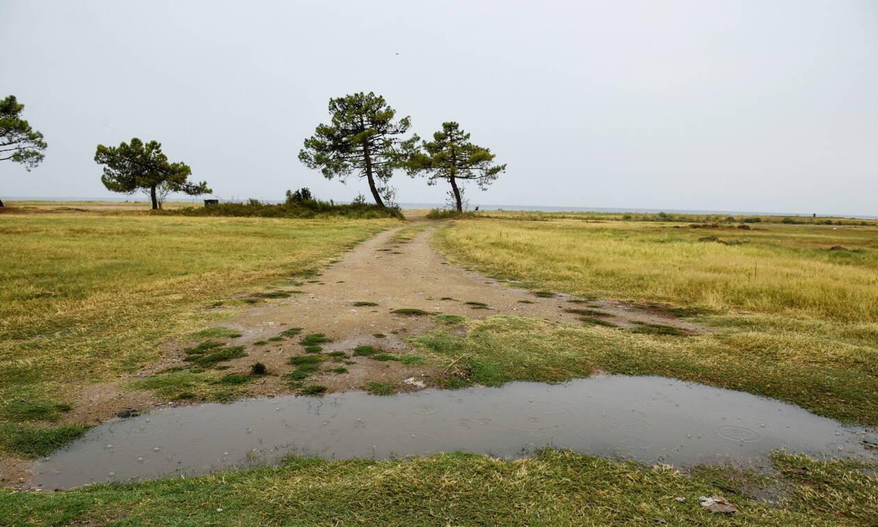 Καιρός τώρα: Με βροχές και 30 βαθμούς η Παρασκευή - Πότε υποχωρούν τα φαινόμενα (pics)