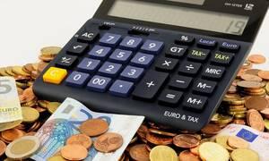 ΑΑΔΕ: «Πάγωσαν» οι κατασχέσεις των τραπεζικών λογαριασμών