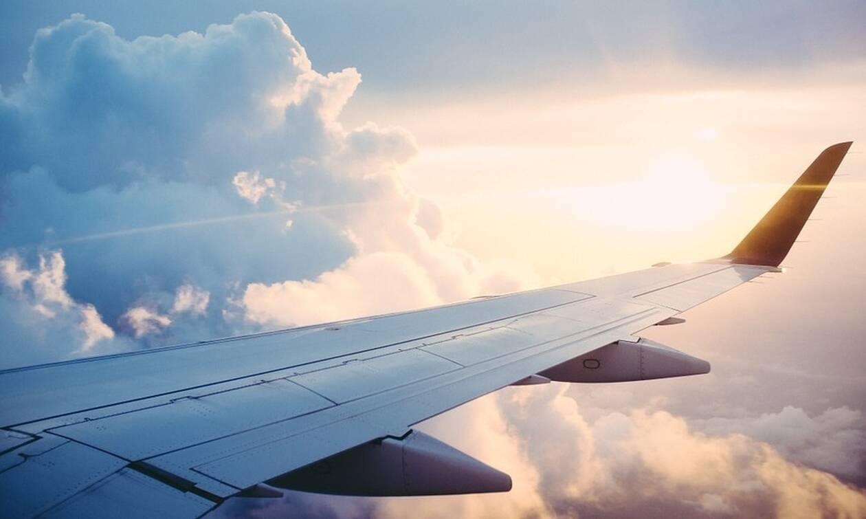 Τρόμος στον αέρα - Δείτε τι είπε στις αεροσυνοδούς και προκάλεσε πανικό