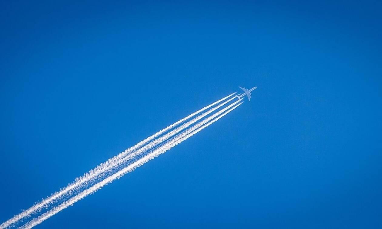 Πτήση τρόμου: 8χρονη κινδύνεψε να πεθάνει - Δείτε τι συνέβη (pics)