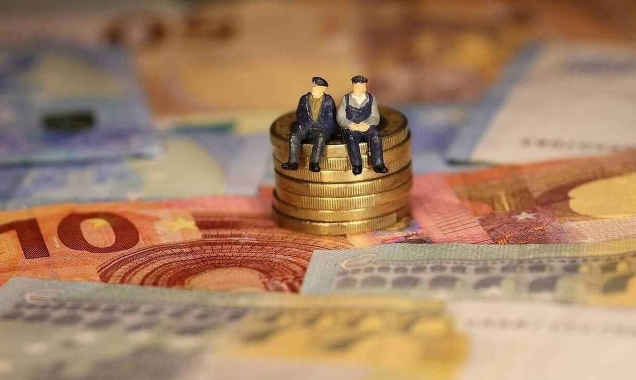 Αναδρομικά: Ποιοι θα πάρουν από 667 έως 7.340 ευρώ