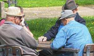 Συντάξεις: «Καμπανάκι» κινδύνου από ειδικούς για αύξηση ορίων ηλικίας
