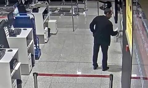 Χαμός σε αεροδρόμιο: Έχασε την πτήση και η αντίδρασή του σόκαρε τους πάντες