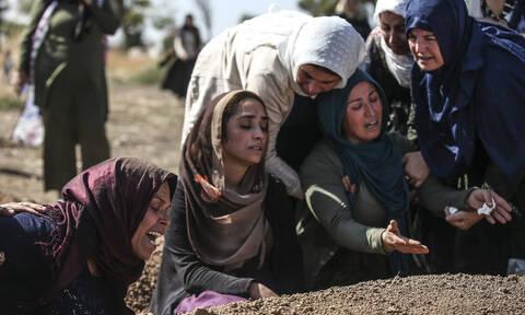 Επιχείρηση «Πηγή Ειρήνης» στη Συρία: Αίμα, θάνατος και στάχτες– Συγκλονιστικές εικόνες