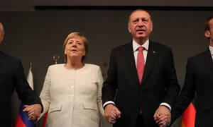 «Μείνετε συντονισμένοι» - Ο Τραμπ απειλεί την Τουρκία με κυρώσεις: «Πόλεμος» Μέρκελ - Ερντογάν