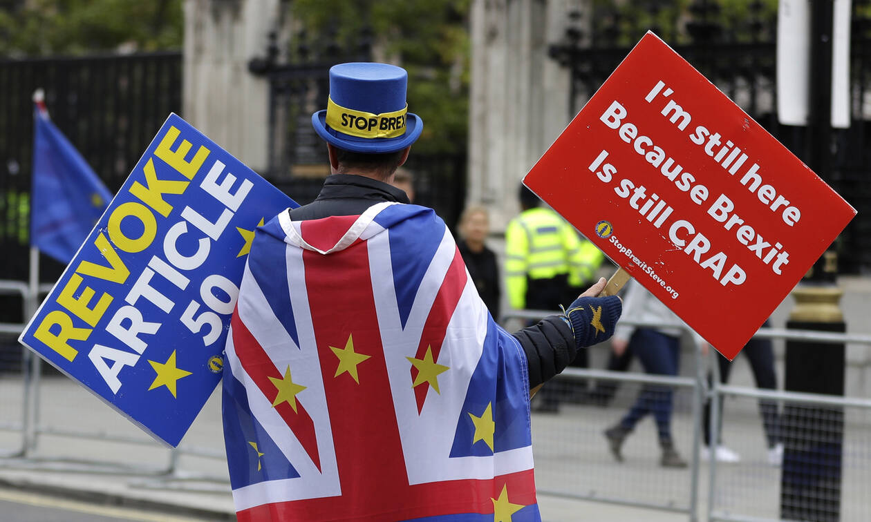 Brexit - «Καμπανάκι» ΕΕ σε Λονδίνο: Μένει πολλή δουλειά να γίνει