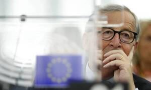 Γιούνκερ: Η Ελλάδα έπρεπε να παραμείνει στην Ευρωζώνη κατά τρόπο αδιαμφισβήτητο