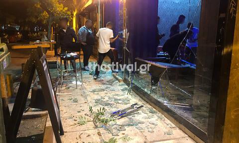 Γυαλιά - καρφιά μπαρ στη Θεσσαλονίκη: Του έβρισε τη γυναίκα και ακολούθησε σύρραξη (pics-vids)