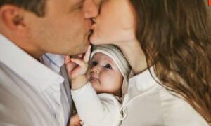 Μωράκια ζηλεύουν & οι αντιδράσεις τους είναι όλα τα λεφτά (vid)