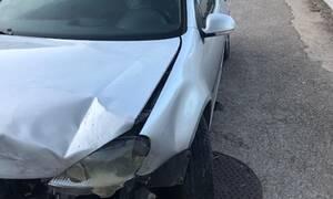 Αμφιλοχία: Σφοδρή σύγκρουση αυτοκίνητων στην παραλία