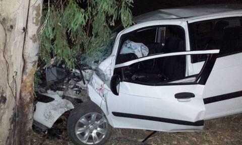 Τραγωδία στο Λεωνίδιο: Νεκρός 29χρονος – Το ΙΧ του «καρφώθηκε» σε δέντρο
