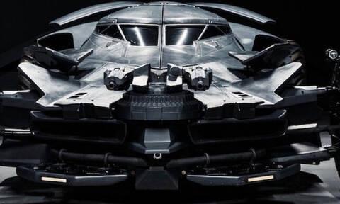Τι έφτιαξαν οι άνθρωποι: Μισό αυτοκίνητο, μισό τανκ! (pics+vid)