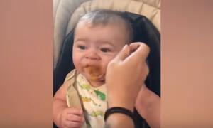 Όταν στο μωρό δεν αρέσει το φαγητό - Ένα απολαυστικό βίντεο που πρέπει να δείτε (vid)