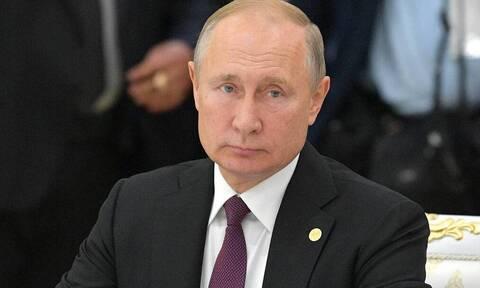 Путин поручил компенсировать авиакомпаниям расходы на керосин из-за роста его стоимости