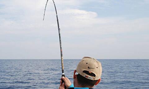 Πήγε χαλαρά για ψάρεμα αλλά τρόμαξε με αυτό που έπιασε!