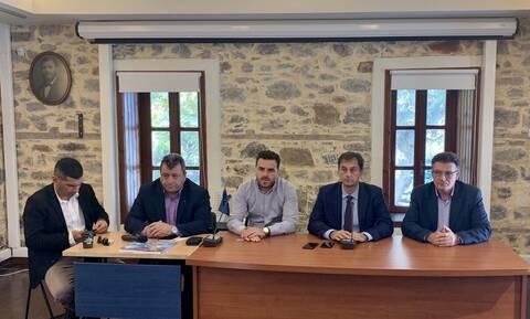 Επίσκεψη και συναντήσεις του υπουργού Τουρισμού Χάρη Θεοχάρη στη Σαμοθράκη