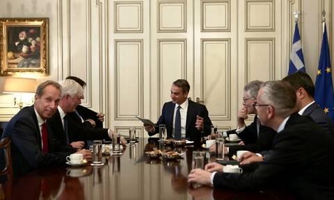 Βάζει μπρος για επενδύσεις ο Μητσοτάκης: Συναντήσεις με εκπροσώπους εταιρειών τηλεπικοινωνιών