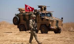 Επιχείρηση «Πηγή Ειρήνης» στη Συρία: Τηλεφωνική επικοινωνία των υπουργών Άμυνας Τουρκίας και Ρωσίας