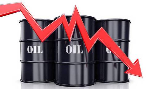 Πτώση στη Wall Street - «Βουτιά» 2% στην τιμή του πετρελαίου