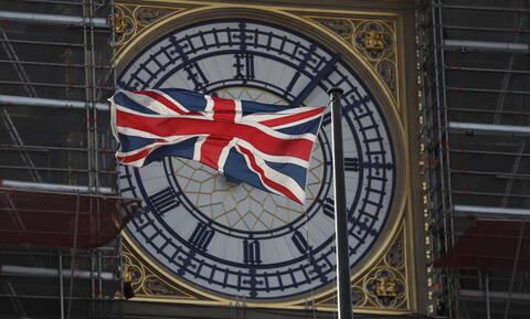 Στην απομόνωση η Τουρκία: Και η Βρετανία αναστέλλει όλες τις εξαγωγές στρατιωτικού υλικού