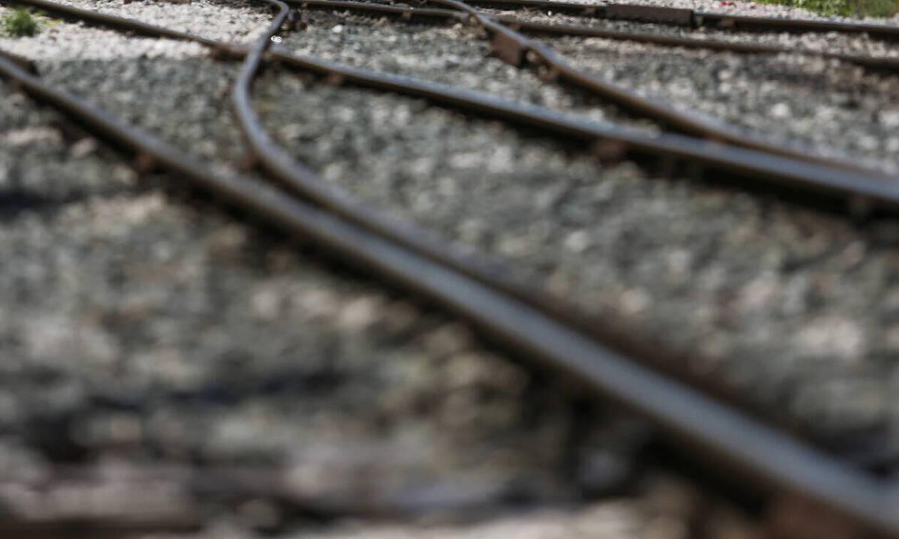 Στιγμές πανικού στη Φθιώτιδα: Εκτροχιάστηκε βαγόνι τρένου στον σταθμό της Τιθορέας