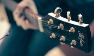 Σοκάρει πασίγνωστος μουσικός: «Δίνω μάχη με τον καρκίνο»