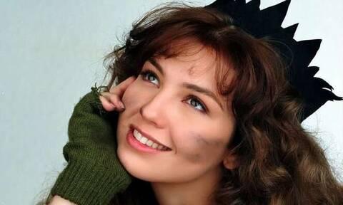 Η «Μαρία της γειτονιάς» στα 48 της πιο σέξι από ποτέ! (photos)