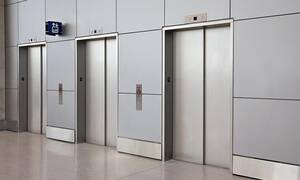 Tι πρέπει να κάνετε αν αρχίσει να πέφτει το ασανσέρ;