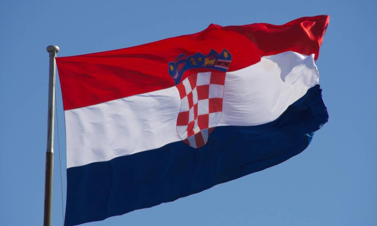 Πρώην «καυτό» μοντέλο του Playboy διεκδικεί την Προεδρία της Κροατίας (photos)