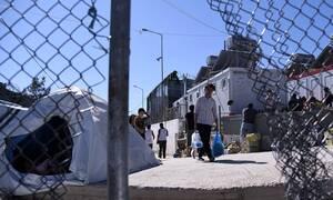 Ασφυκτική η κατάσταση στη Μυτιλήνη: Πάνω από 13.000 πρόσφυγες και μετανάστες στη Μόρια