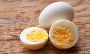 Τα οφέλη από την καθημερινή κατανάλωση βραστού αυγού (video)